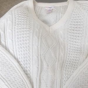 OSA IVORY/Off White lacy look Sweater Size M